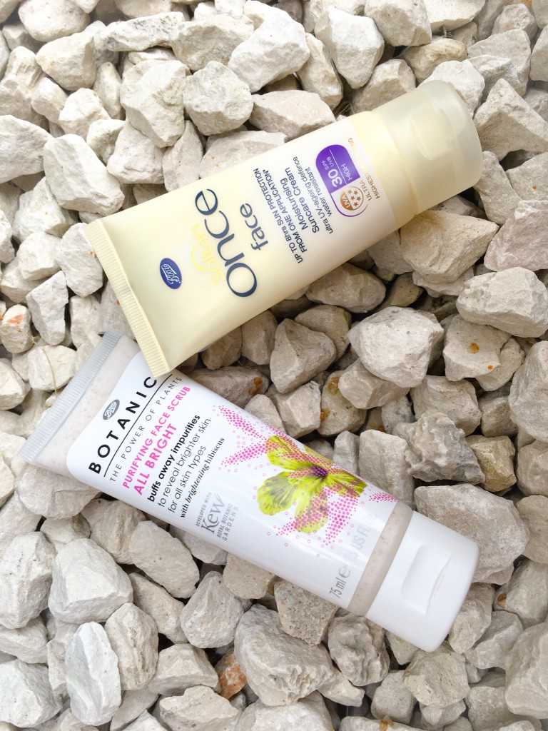 Protection from the sun is crucial for the prevention of ageing.