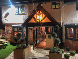 Review of The Kingfisher, Chertsey